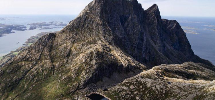 Mount Dønnamannen